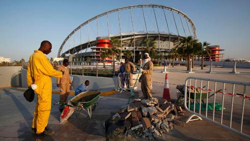 Uno stadio in costruzione in Qatar (fonte: gz.com)