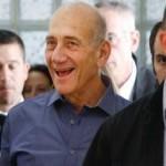 ISRAELE, condannato per corruzione l'ex Premier Olmert