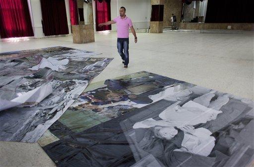 Preparazione di poster sulla Nakba nel centro Phoenix di Dheisheh