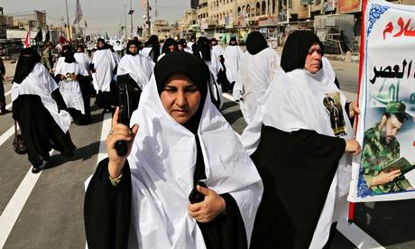 La marcia degli sciiti a Sadr City (Foto: Karim Kadim/AP)
