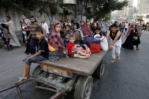 Gazawi in fuga da Shajaiye, con ogni mezzo