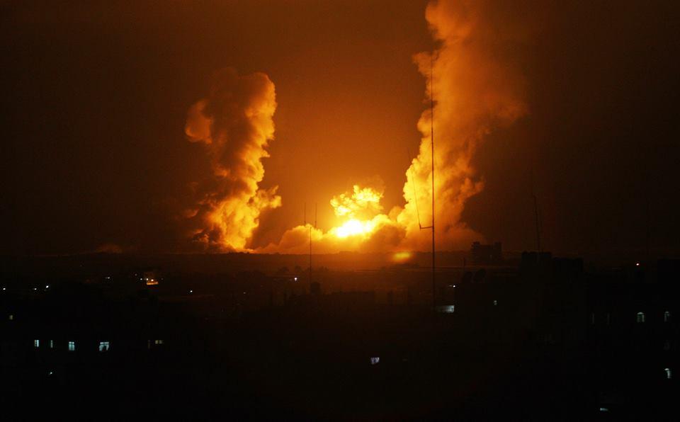 Le bombe di ieri notte contro Gaza