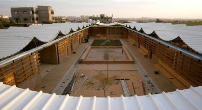 La scuola di Umm al Nasser prima del bombardamento