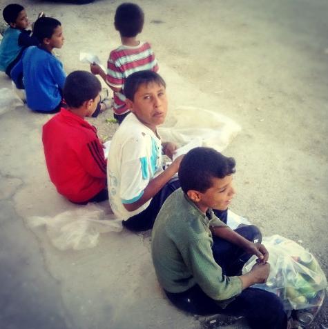 Al-Hasakeh (Syria) - Rest on the street - by Alan Ali