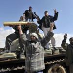 LIBIA. Il governo lascia Tripoli, caduta nelle mani delle milizie