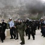 GERUSALEMME. Netanyahu accusa Abbas. Stretta della polizia sui quartieri palestinesi
