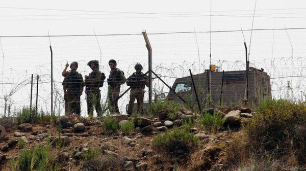 Soldati israeliani al confine con il Libano (Foto: Reuters)