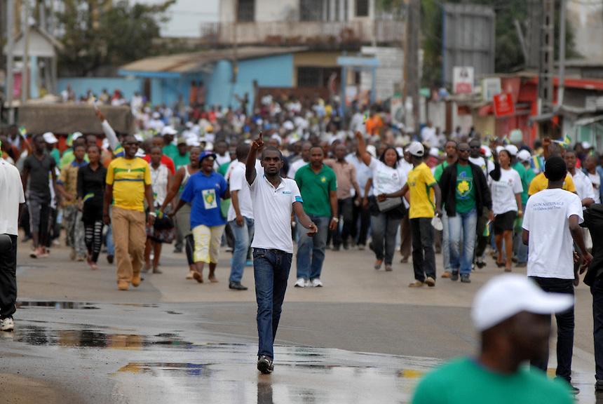 Libreville (Gabon) -Manifestazione dell'opposizione nel quartiere di Rio