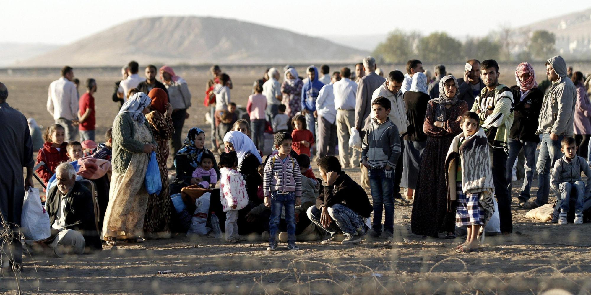 ++ Isis: Onu,100.000 curdi fuggiti dalla Siria in Turchia ++