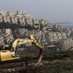 PALESTINA. Altro cemento israeliano: appalti per 430 case per coloni