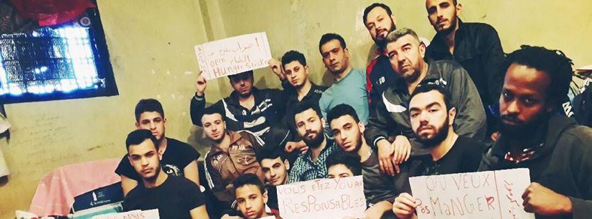 I migranti di Karmooz in un'immagine pubblicata nella loro pagina Facebook