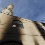 CISGIORDANIA: moschea data alle fiamme, ieri ucciso ragazzo palestinese