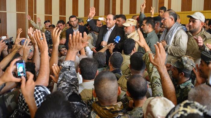L'ex premier Maliki ad Amerli dopo la liberazione dall'Isis (Foto: AP)