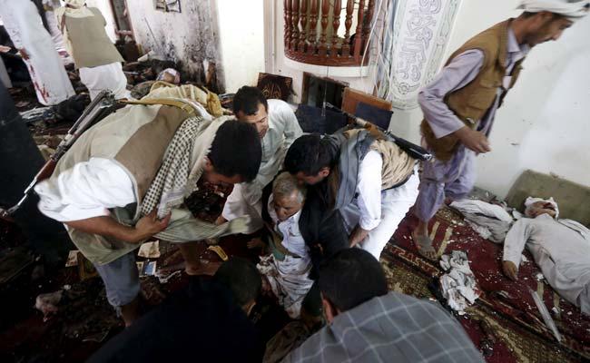 Una delle moschee colpite venerdì a Sana'a (Foto: Reuters)