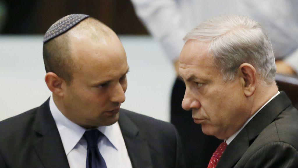 Il leader di Casa Ebraica Naftali Bennett con Netanyahu (foto Flash 90)