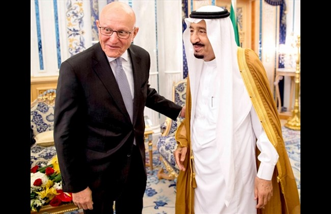 Lebanese PM Tammam Salam and the Saudi King Salman Abdul Aziz. Photo SPA-AFP