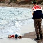 Gideon Levy: Il bambino siriano annegato mette in risalto l'ipocrisia israeliana