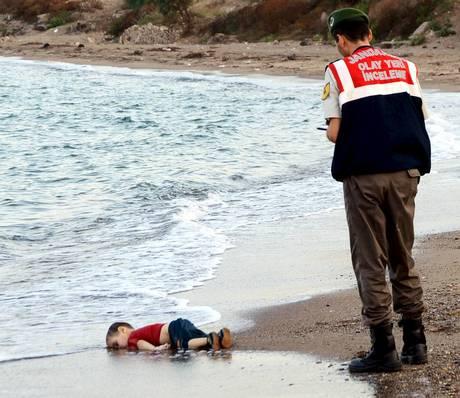 La foto del piccolo Aylan Kurdi che ha fatto il giro del mondo