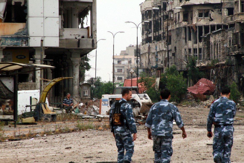 Soldati dell'esercito governativo siriano a Homs, foto Reuters
