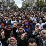 La Turchia in piazza contro Erdogan l'incendiario