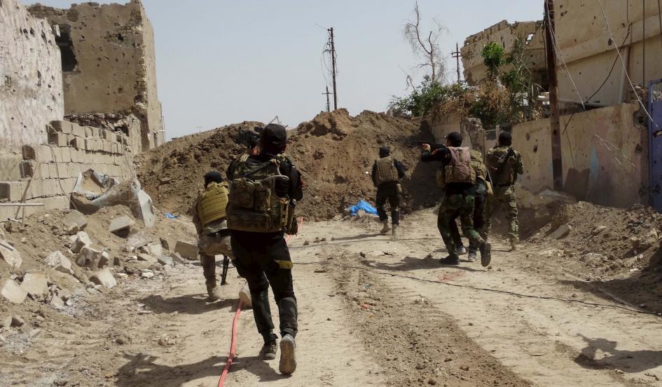 Soldati iracheni a Ramadi (Foto: Reuters)