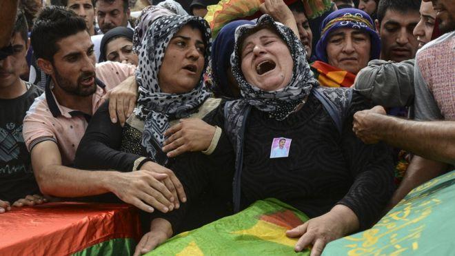 Funerali di kurdi uccisi a settembre (Foto: Getty Images)