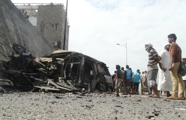 La macchina del govenratore di Aden ucciso in un attentato rivendicato dall'Isis a dicembre 2015 -  REUTERS/Nasser Awad