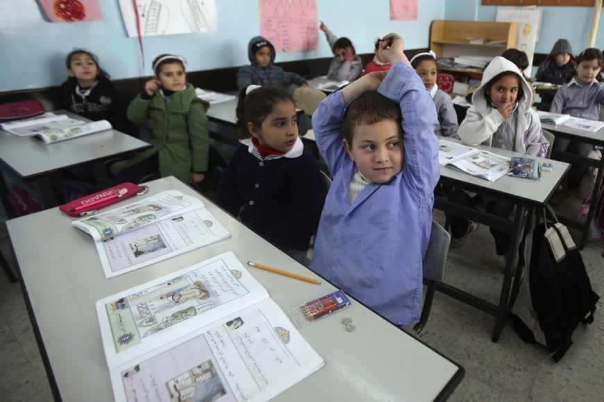 Gerusalemme. Una scuola palestinese. Foto REUTERS/Mohamad Torokman