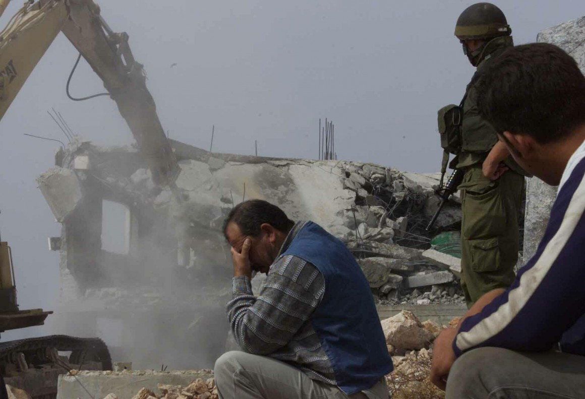 Demolizione di una casa palestinese