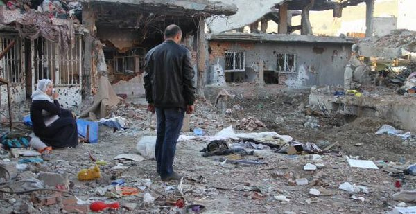 Devastazione a Cizre (Foto: Diha)