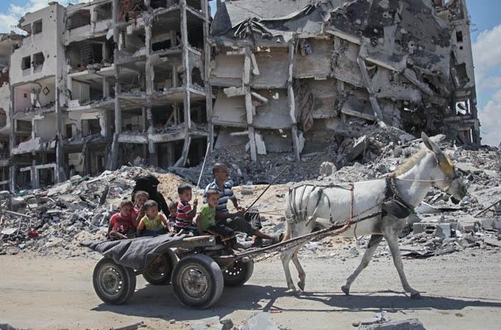 Gaza dopo l'offensiva israeliana Margine Protettivo del 2014 (foto Ezz Zanoun Vice News)