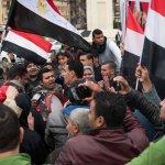 EGITTO. La polizia uccide per un tè, rivolta al Cairo