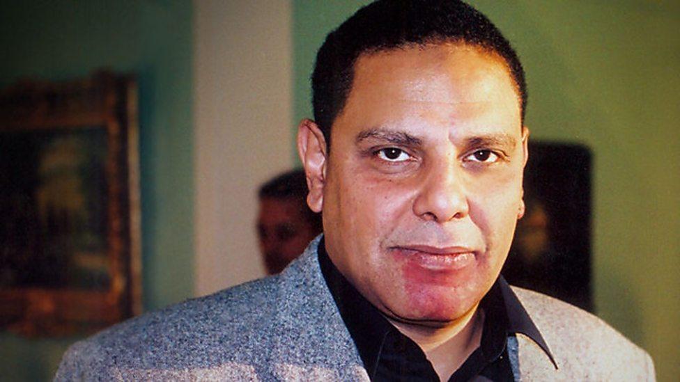 Lo scrittore egiziano Alaa Al Aswani