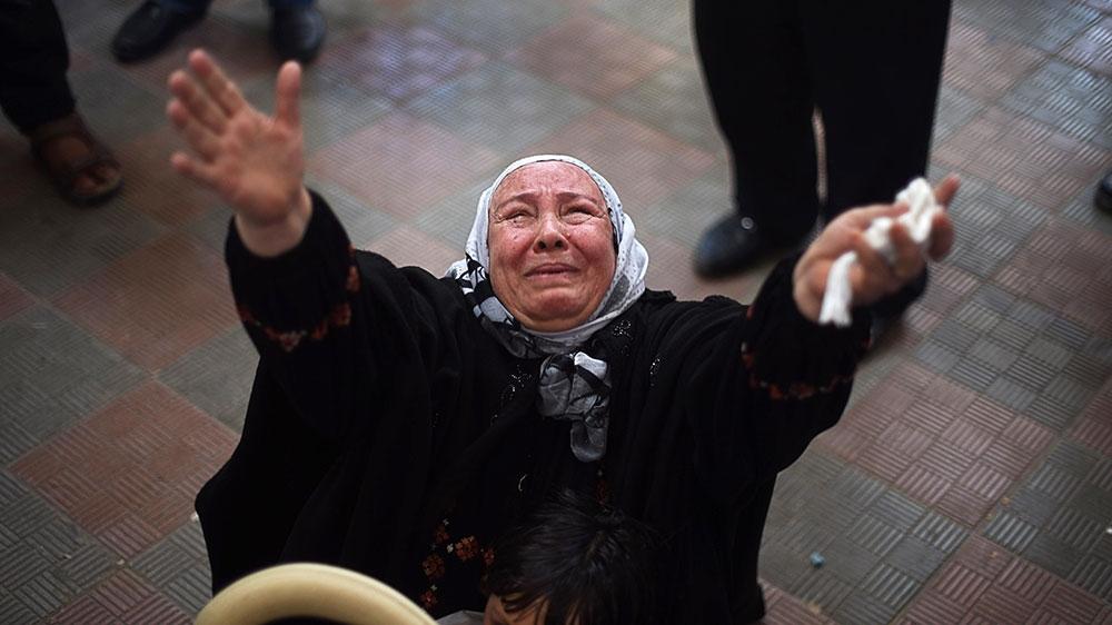 Una donna palestinese al valico di Rafah (Fonte: http://abiming.blogspot.com/)