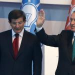 TURCHIA. Erdogan licenzia Davutoglu: è presidenzialismo di fatto