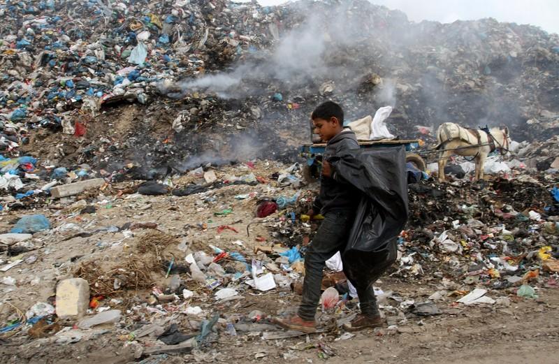 Una discarica vicino Rafah (Foto: Abed Rahim Khatib/APA images)