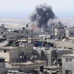 GAZA. Raid israeliani colpiscono la Striscia