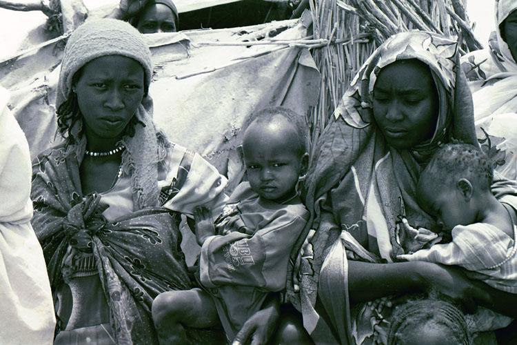 Donne nel campo profughi di Yida, in Sud Sudan (Foto: Federica Iezzi/Nena News)