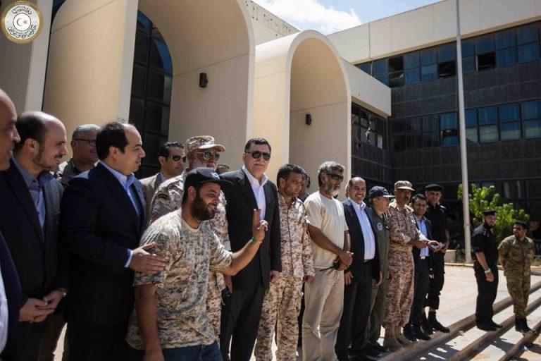 Sarraj a Sirte posa con le milizie di Misurata. Photo GNA