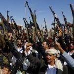 YEMEN. Missili Usa sugli Houthi, navi da guerra iraniane ad Aden