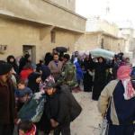 SIRIA. Civili in fuga da Aleppo est, crolla il fronte anti-Damasco
