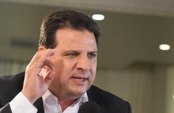 Il leader della Lista Unita Araba Ayman Odeh (foto Mehdi Chebil/Polaris)