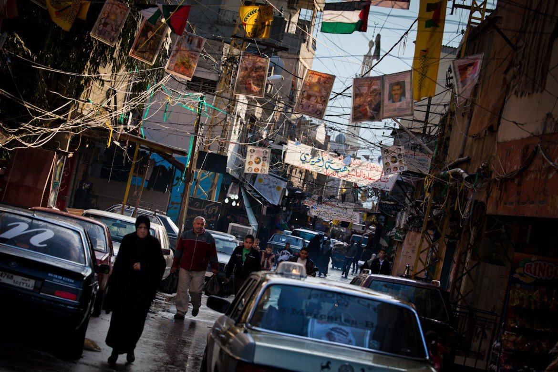 LIBANO. Un immagine del campo profughi palestinese di Ain al Hilwe (Sidone)