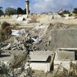 VIDEO. Israele distrugge le tombe del cimitero islamico di Bab al-Rahma