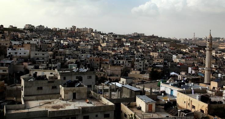 Il campo profughi palestinese di Jalazon