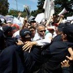 ALGERIA. La fuga dalle urne di un paese paralizzato