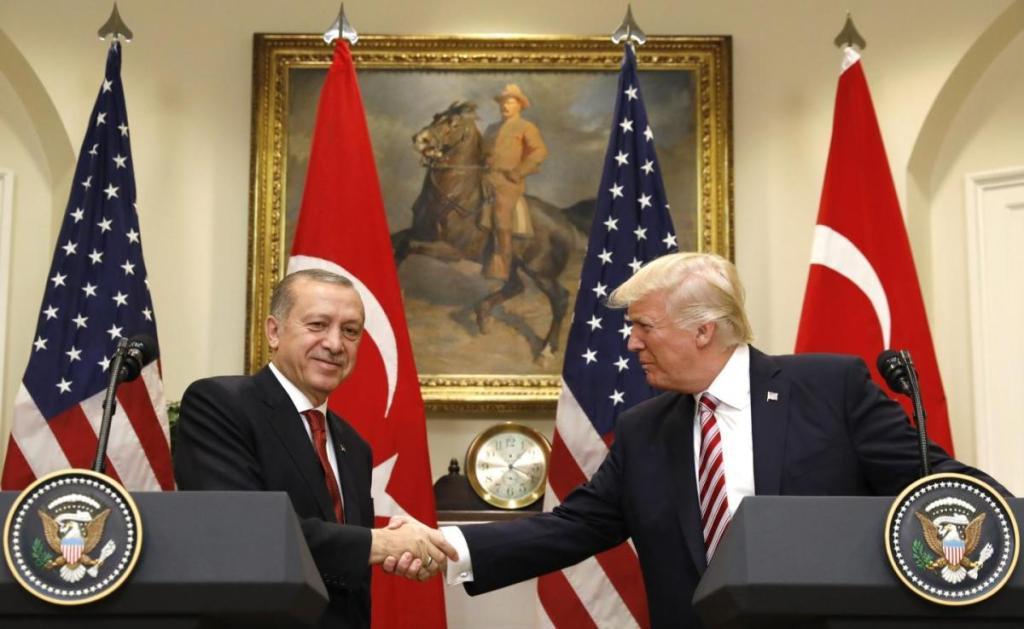 L'incontro di ieri alla Casa Bianca tra Erdogan e Trump (Foto: Reuters)