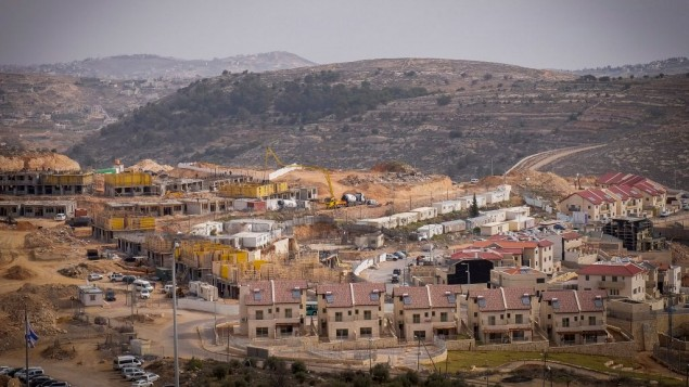 Cantiere nella colonia di Efrat, gennaio 2017 (Gershon Elinson/Flash90)