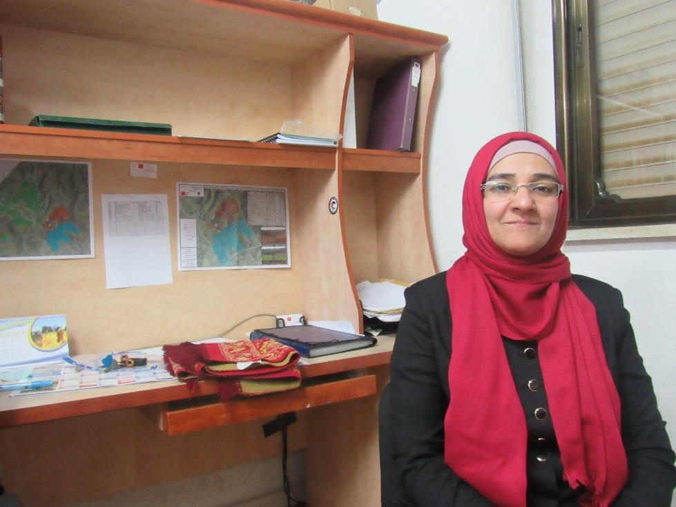 Fadwa Abu Shrar, direttrice tecnica del Ministero dell'Agricoltura per il governatorato di Hebron (Foto: Nena News)