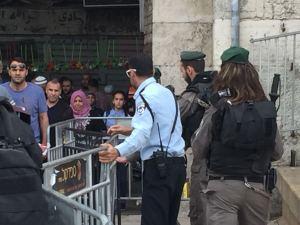 Polizia israeliana dispiegata nella città vecchia di Gerusalemme (Foto: Michele Giorgio/Nena News)